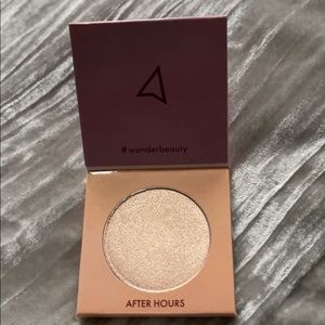 NWT Wander Beauty After Hours Glow Highlighter
